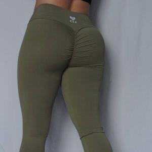 CLS sportswear scrunch legging